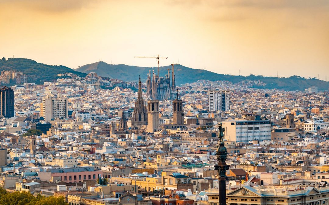 Barcelona general view of the city, Columbus Statue, The Cathedral, Sagrada Família
